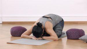 Yoga Anfänger Kindhaltung