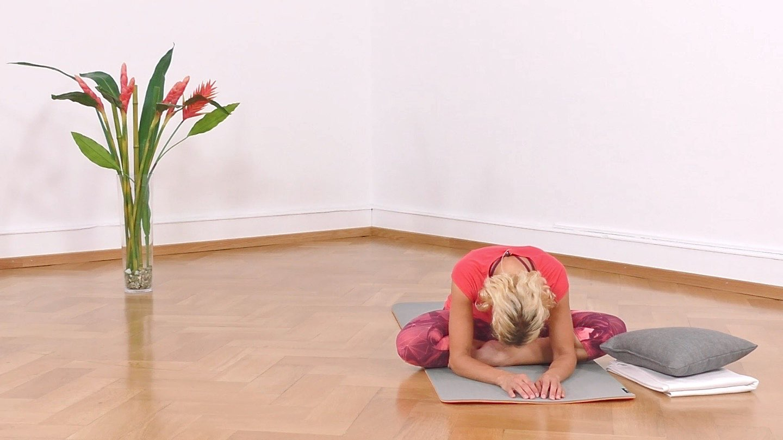 Yoga Anfänger Vorwärtsbeuge
